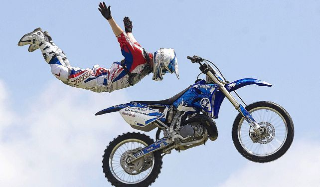 Bikes Stunts Freestyle Motorcross Stunts In